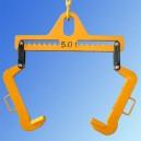 Trawersa  przestawna  z  hakami  typ  c  do  kręgów  blach typ  UPKB w położeniu max